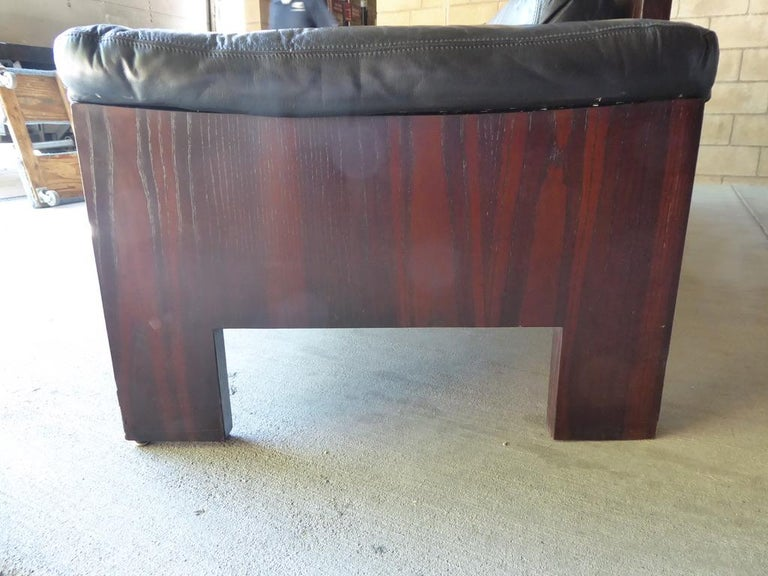 Black Leather and Rosewood Sofa by Milo Baughman for Thayer Coggin, circa 1970s For Sale 1