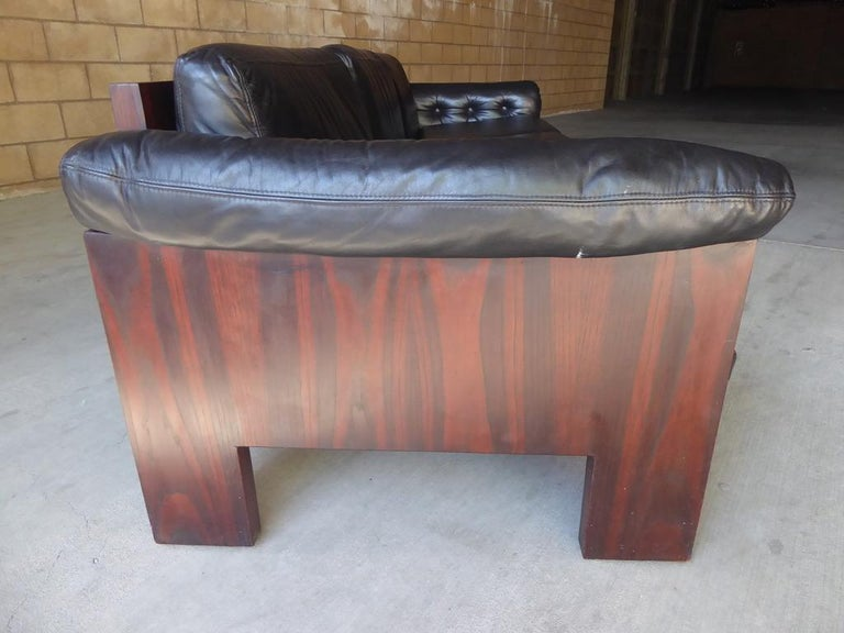 Black Leather and Rosewood Sofa by Milo Baughman for Thayer Coggin, circa 1970s For Sale 3