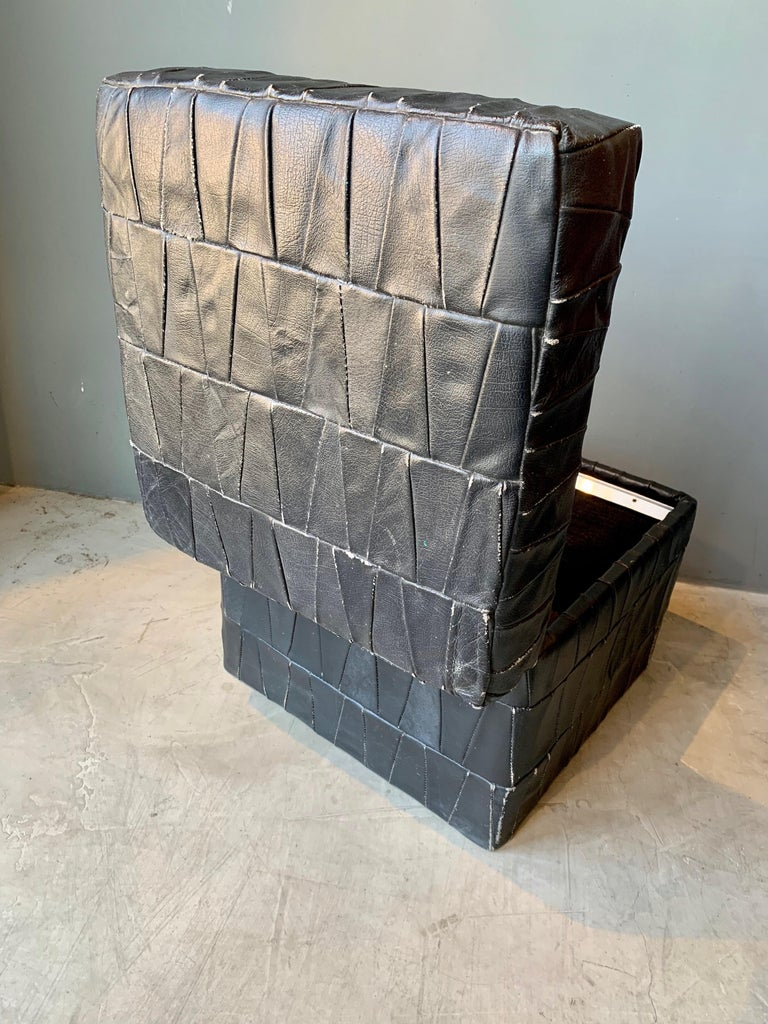 Black Leather De Sede Ottoman with Storage In Good Condition For Sale In Los Angeles, CA