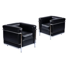 Black Leather Le Corbusier LC2 Chair by Cassina for Atelier International