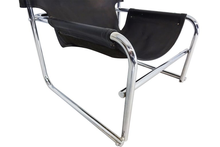 Black Leather Lounge Chairs, Vintage Midcentury by Rodney Kinsman for OMK In Good Condition For Sale In Highclere, Newbury