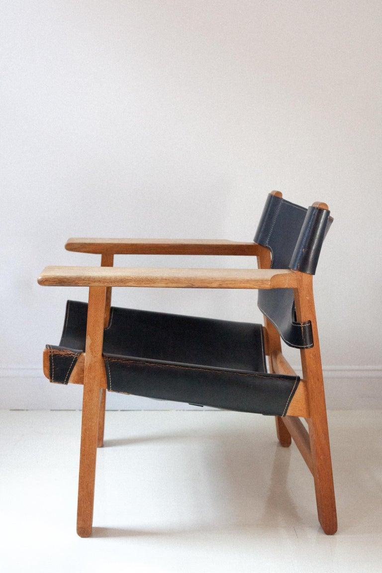 Scandinavian Modern Black Leather Spanish Chair by Børge Mogensen For Sale