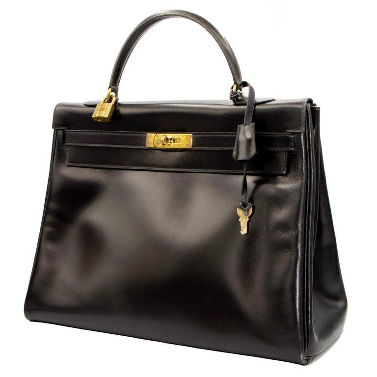 Black Leather Vintage Hermes Handbag In Good Condition For Sale In Rancho Santa Fe, CA