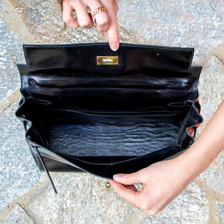 Black Leather Vintage Hermes Handbag For Sale 5