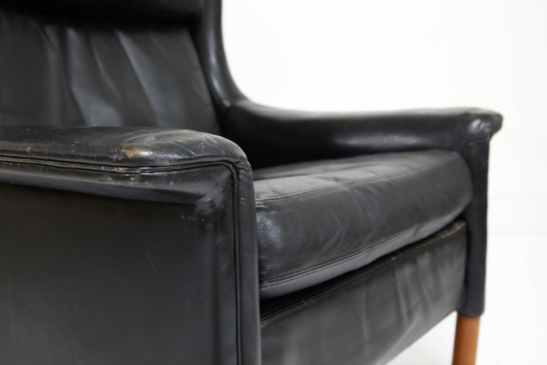 Black Leather Wingback Armchair by Gerhard Berg for Stokke Fabrikker, circa 1965 For Sale 1