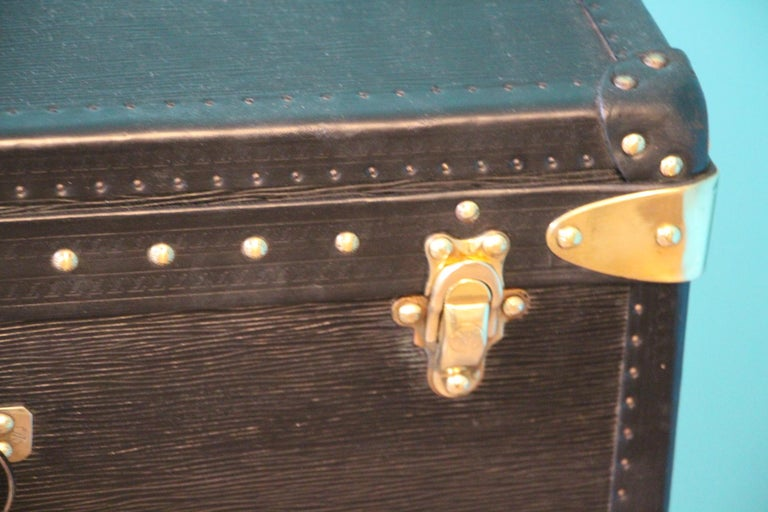 Late 20th Century Black Louis Vuitton Alzer 65 Suitcase Louis Vuitton Suitcase Louis Vuitton Trunk For Sale