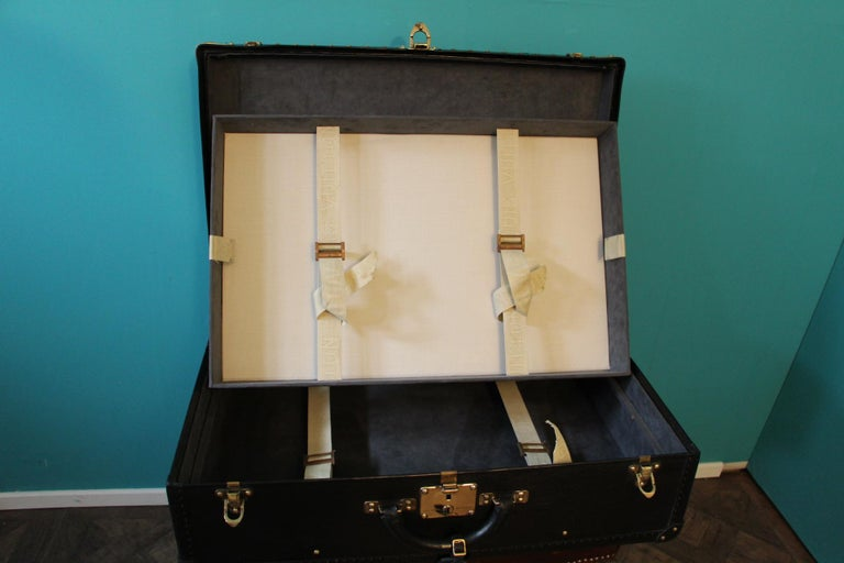 Black Louis Vuitton Alzer 70 Suitcase Louis Vuitton Suitcase Louis Vuitton Trunk For Sale 12