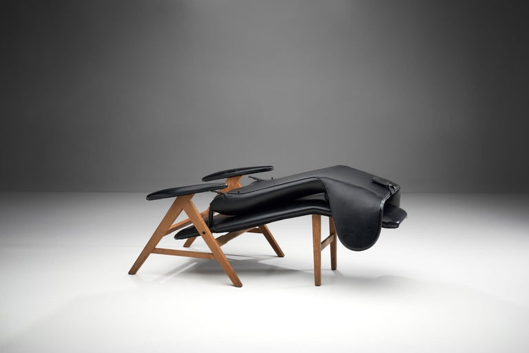 Black Lounge Chair with Beech Frame by H.W. Klein, Denmark, 1960s For Sale 4