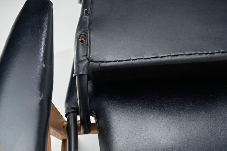 Black Lounge Chair with Beech Frame by H.W. Klein, Denmark, 1960s For Sale 11