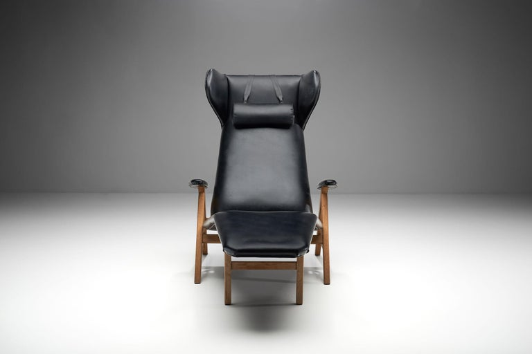 Mid-20th Century Black Lounge Chair with Beech Frame by H.W. Klein, Denmark, 1960s For Sale