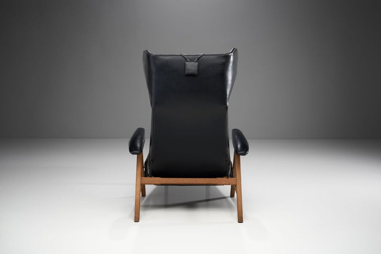 Black Lounge Chair with Beech Frame by H.W. Klein, Denmark, 1960s For Sale 1