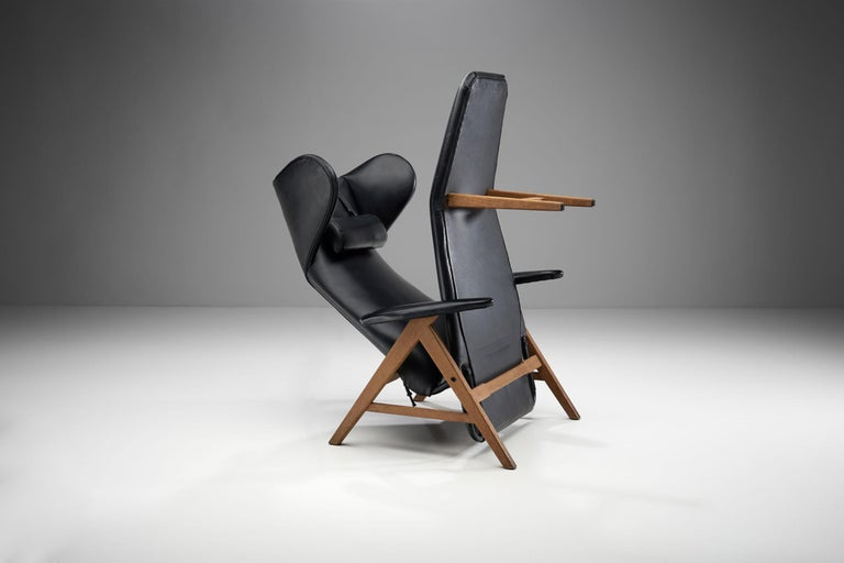 Black Lounge Chair with Beech Frame by H.W. Klein, Denmark, 1960s For Sale 3