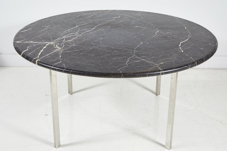 Mid-20th Century Black Marble and Chrome Round Dining Table For Sale