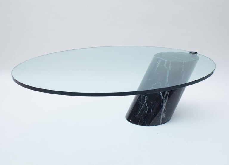 German Black Marble and Glass Coffee Table Model K1000 by Team Form for Ronald Schmitt For Sale