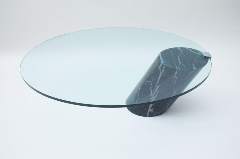 Black Marble and Glass Coffee Table Model K1000 by Team Form for Ronald Schmitt In Good Condition For Sale In Nürnberg, Bayern