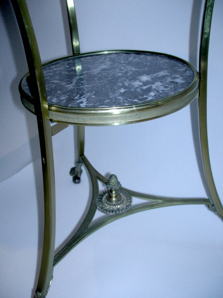 Black Marble Gueridon/Side Table on Wheels In Excellent Condition For Sale In Norwalk, CT