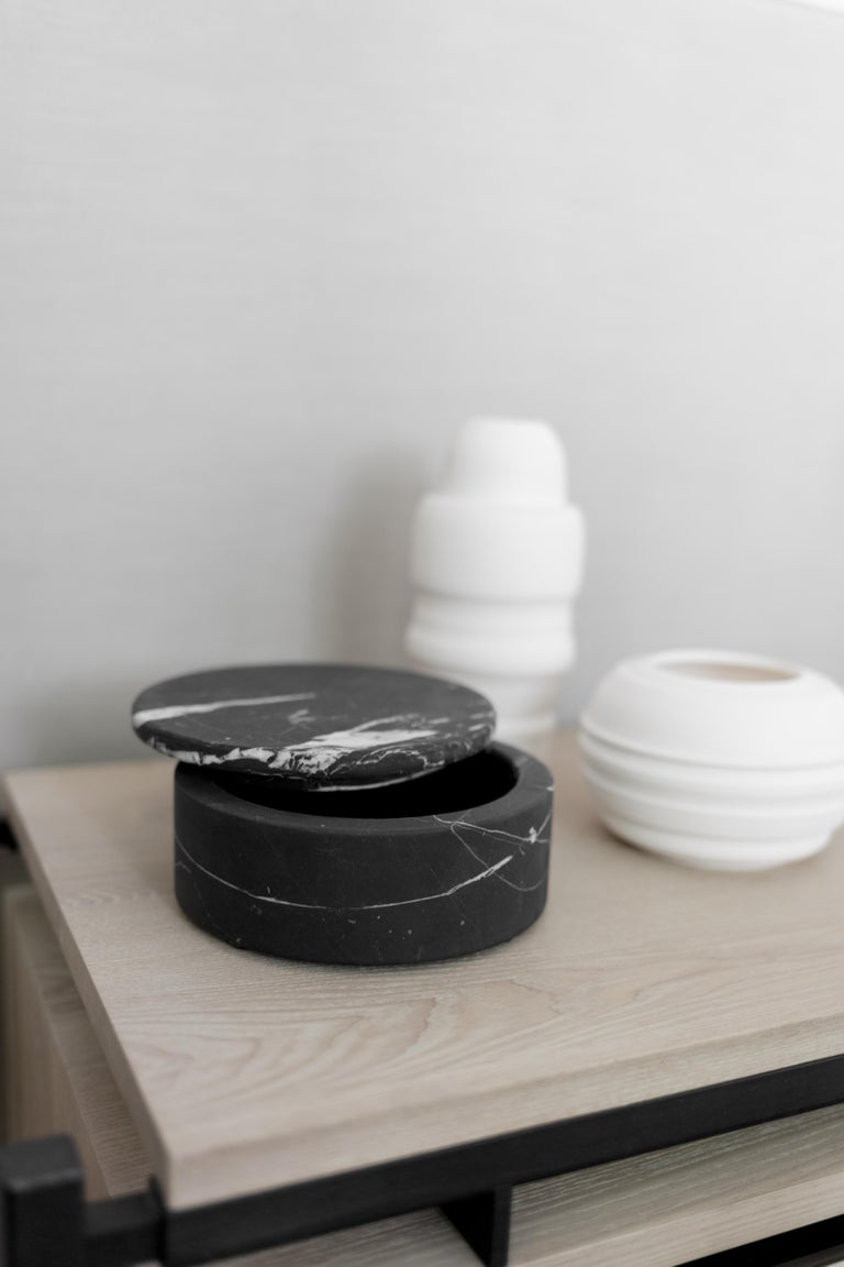 Modern Black Marble Round Jewelry Box For Sale