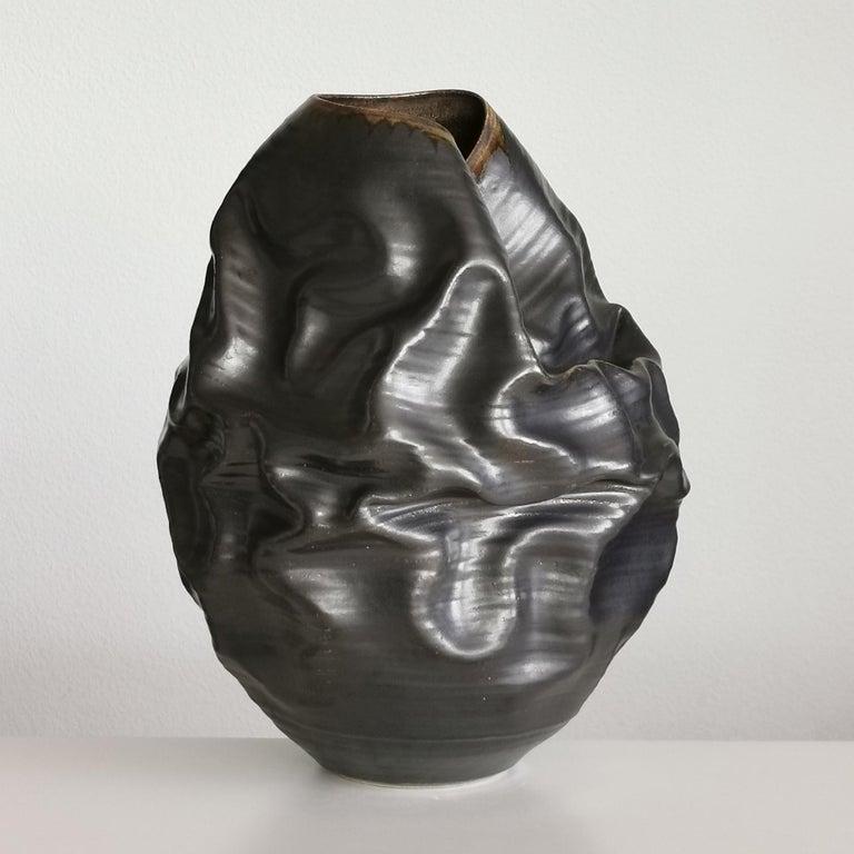 Black Metallic Dehydrated Form No 3, Ceramic Vessel by Nicholas Arroyave-Portela For Sale 3