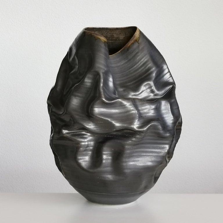Black Metallic Dehydrated Form No 3, Ceramic Vessel by Nicholas Arroyave-Portela For Sale 4