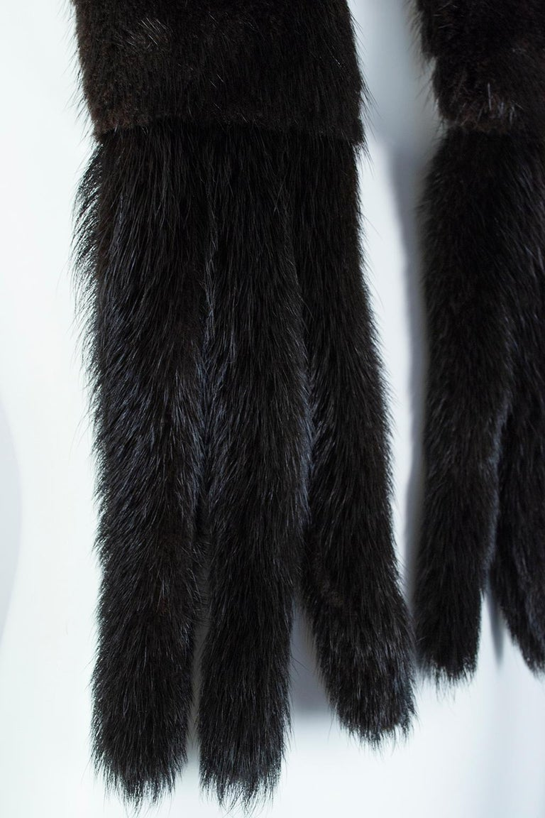Black Mink Skinny Scarf or Belt with Tails – One Size, 1950s For Sale 9