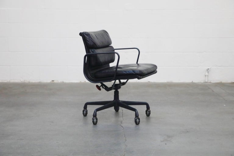 American Black on Black Eames Soft Pad Management Chair by Eames for Herman Miller, 1992