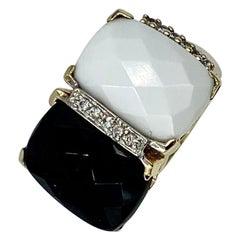 Black Onyx White Onyx Diamond Ring Checkerboard Cut Retro 14 Karat Gold