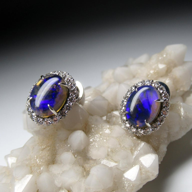 Black Opal Diamond 14k White Gold Stud Earrings with Diamonds Unisex Classic Art In New Condition For Sale In Berlin, DE