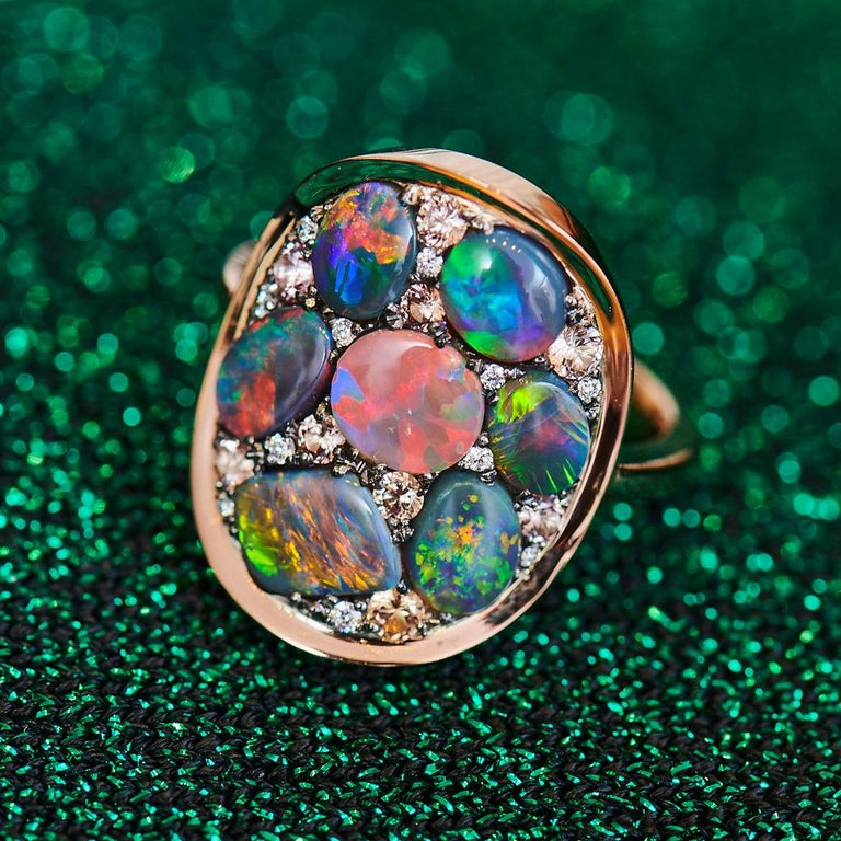 One of a kind ring handmade in Belgium by jewellery artist Joke Quick.  Diamonds and gemstones in different cut shapes and colours are set like a mosaic. Handmade the traditional way, no casting or printing envolved.    Ring in 18K Rose Gold 6 g &