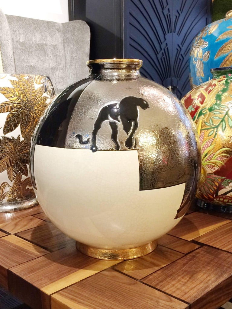 Vase black panther black, silver and white, Emaux de Longwy from France, exceptional piece. Earthenware handcrafted.