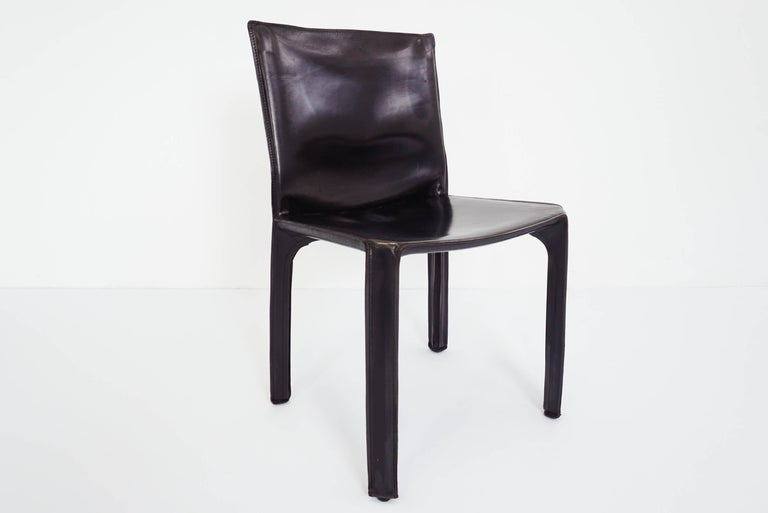 Italian Black Patina Leather Mario Bellini Cassina Set of 2 Chairs Mod. CAB 412, Italy For Sale