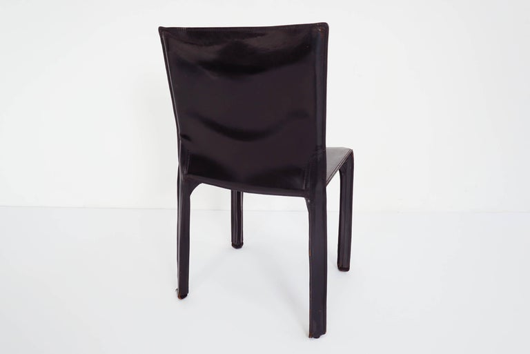 Late 20th Century Black Patina Leather Mario Bellini Cassina Set of 2 Chairs Mod. CAB 412, Italy For Sale