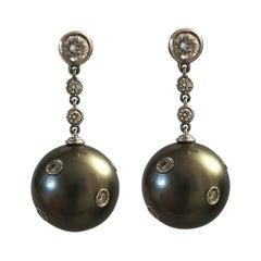 Black Pearl and Diamond on White Gold 18 Karat Earrings