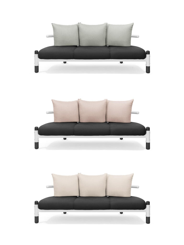 Contemporary Black PK15 Three-Seat Sofa, Steel Structure and Ebonized Legs by Paulo Kobylka For Sale