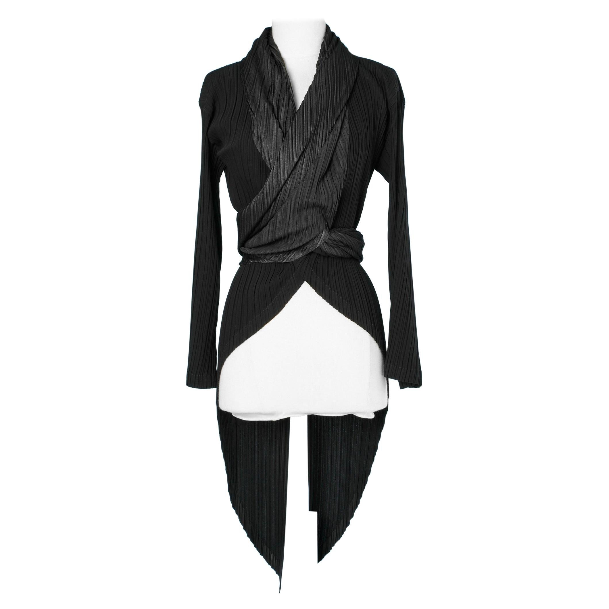Black Pleated  magtail jacket Issey Miyake