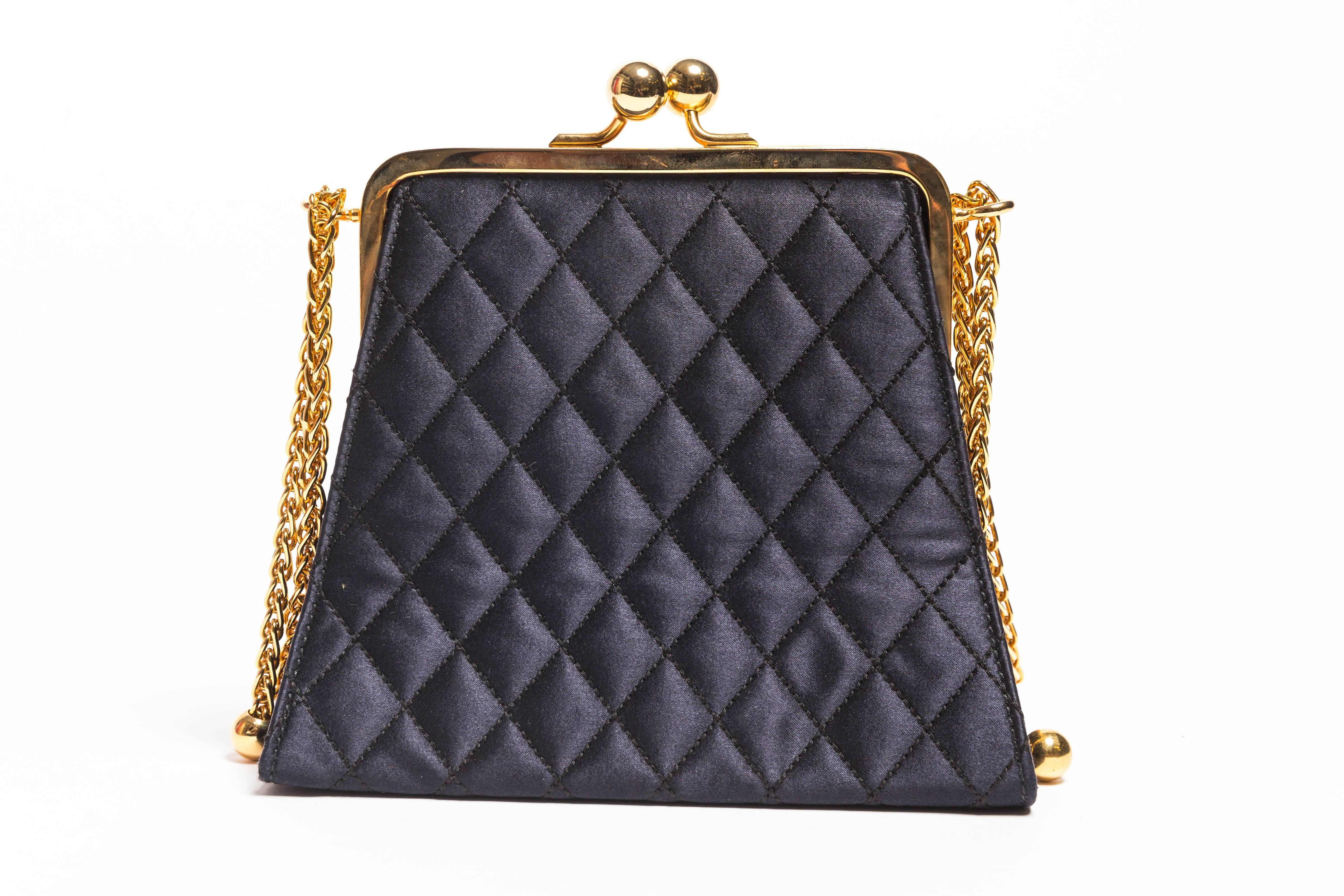 1stdibs Black Quilted Silk Escada Bag With Gold Chain rXILS2Ny26
