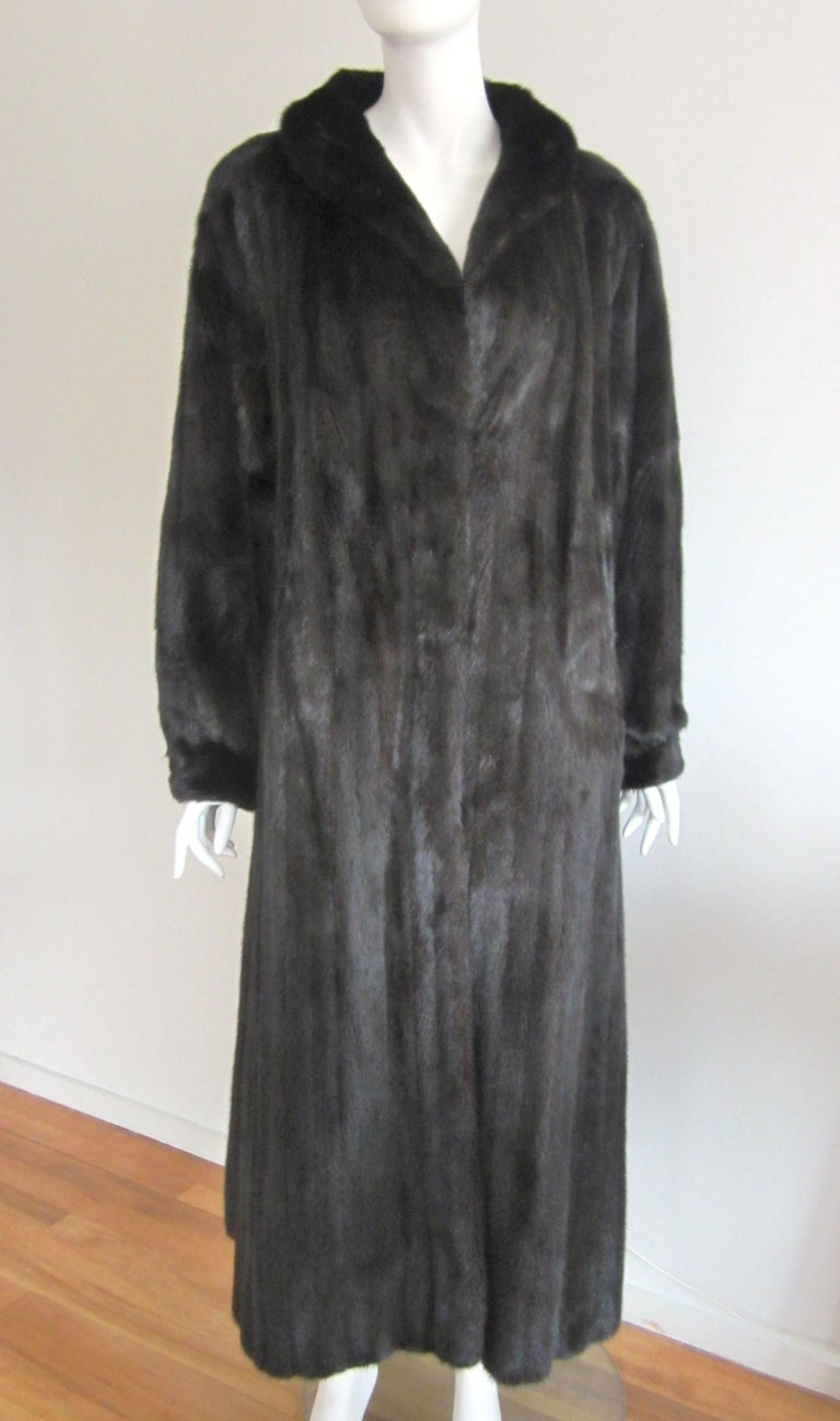 Black Ranch Mink Full Swing Coat 12-14  Retail 8,000+ Authentic Black Diamond For Sale 6