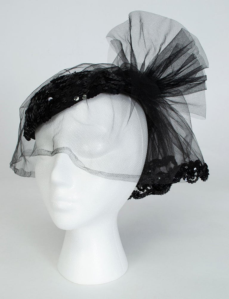 Black Sequin Cocktail Hat with Cage Veil, 1950s In Good Condition For Sale In Phoenix, AZ