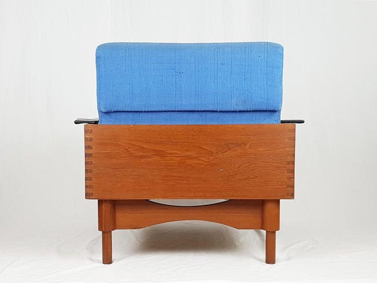 Black Skai Teak & Blue Cushioned 1960s Armchairs by F.Lli Saporiti(Attr to) For Sale 6