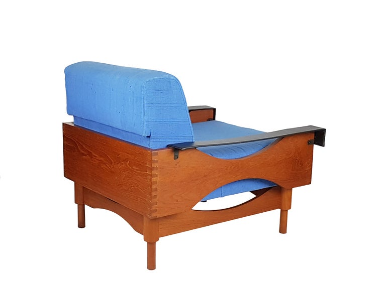 Black Skai Teak & Blue Cushioned 1960s Armchairs by F.Lli Saporiti(Attr to) In Good Condition For Sale In Varese, Lombardia