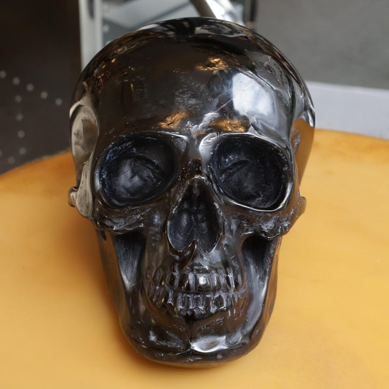 Sculpture black skull in blackened glass paste, handcrafted piece, made in France. Exceptional and unique piece.