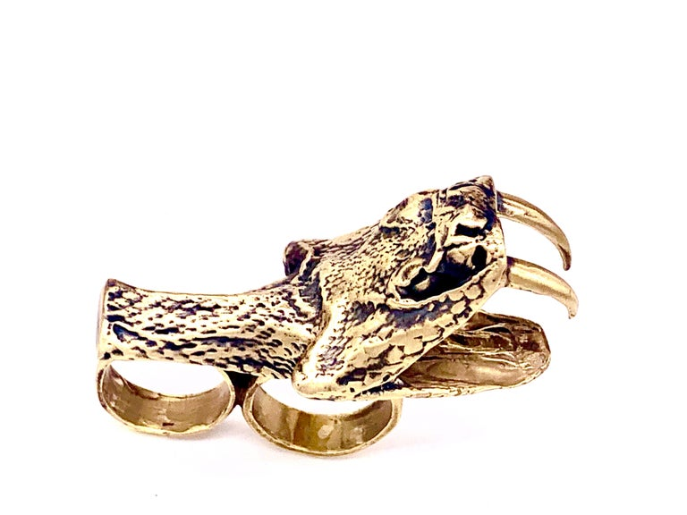 Heavy Metals NYC Black Snake Moan Double-Finger Ring in 18K Gold-Plated Brass In New Condition For Sale In Brooklyn, NY