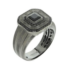 Black Spinel Sapphire 18 Karat Black Gold Male Tweed Texture Ring
