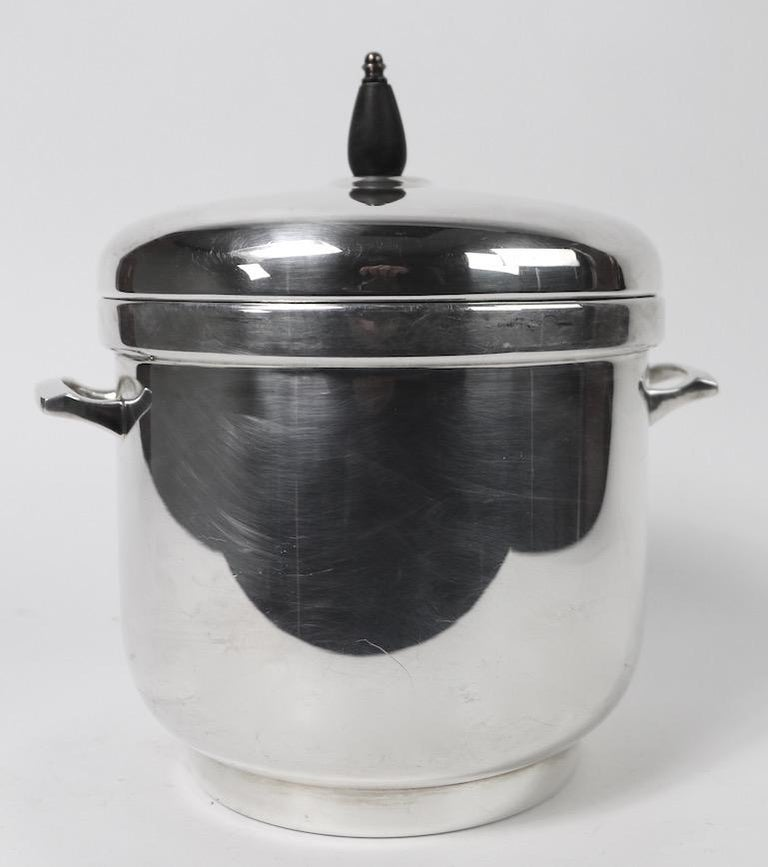 Art Deco style silver plate ice bucket by Black Starr, includes the ice tong, and original removable pyrex glass insert, as shown. Clean, ready to use, shows only light cosmetic wear, normal and consistent with age.