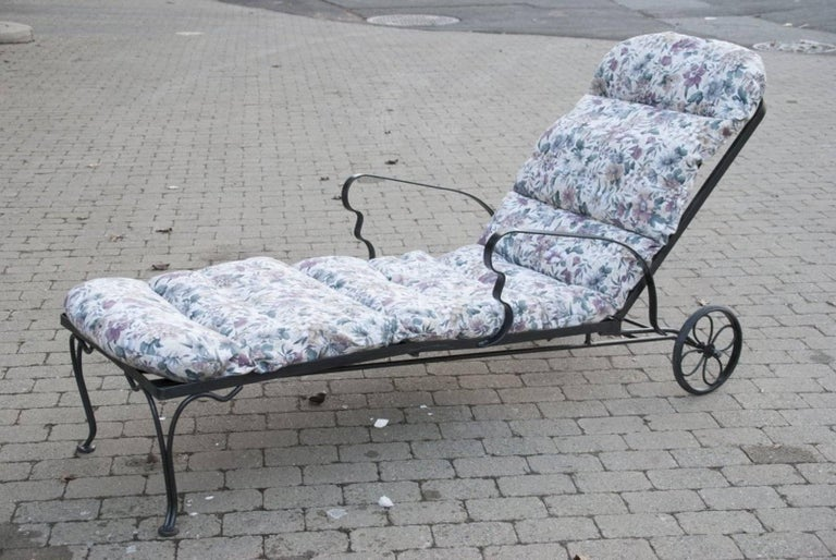 20th Century Black Steel Patio Chaise Longue For Sale