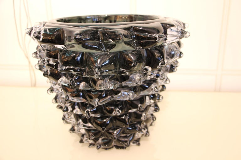 Black Vase in Murano Glass with Spikes Decor, Barovier Style, Rostrato In Excellent Condition In Saint-Ouen, FR