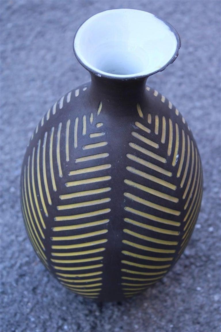 Black vase Zaccagnini Italian Artis midcentury design.