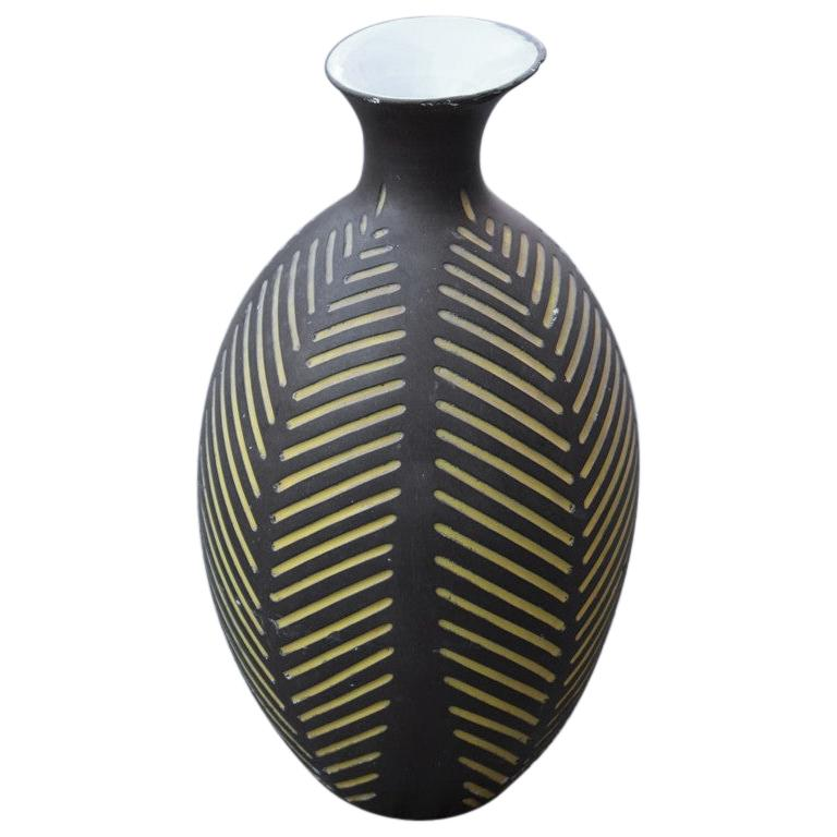 Black Vase Zaccagnini Italian Artis Midcentury Design For Sale