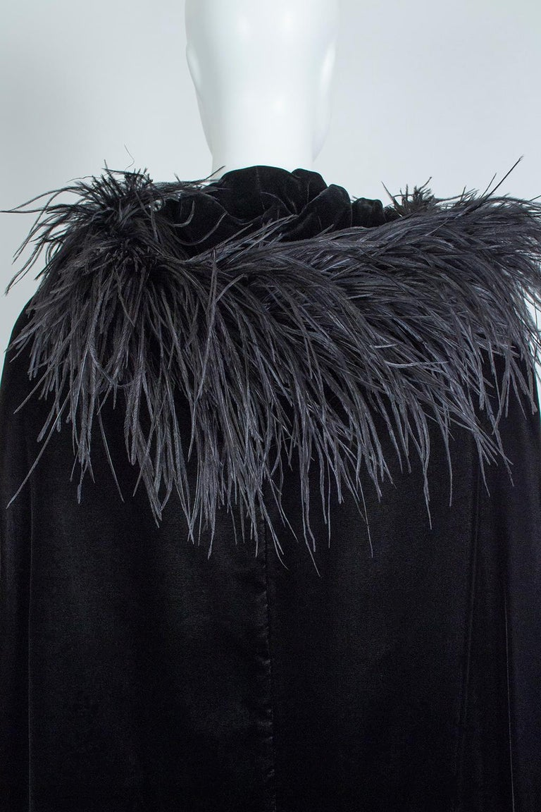 Black Velvet Full-Length Cloak Cape with Ostrich Feather Hood – S, 1960s For Sale 8