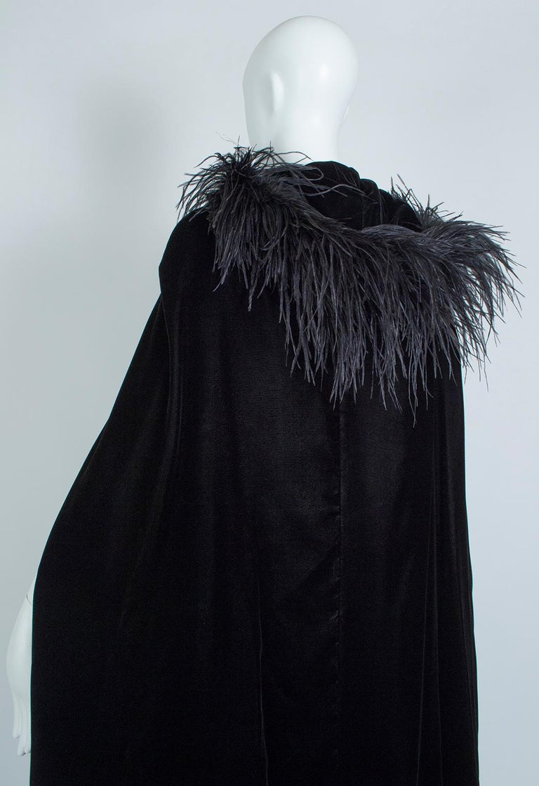 Black Velvet Full-Length Cloak Cape with Ostrich Feather Hood – S, 1960s For Sale 5