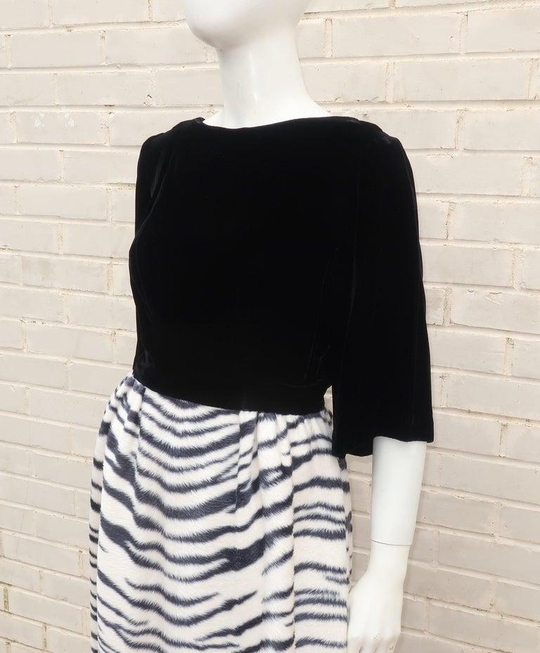 Black Velvet & Zebra Faux Fur Hostess Dress, C.1960 For Sale 2